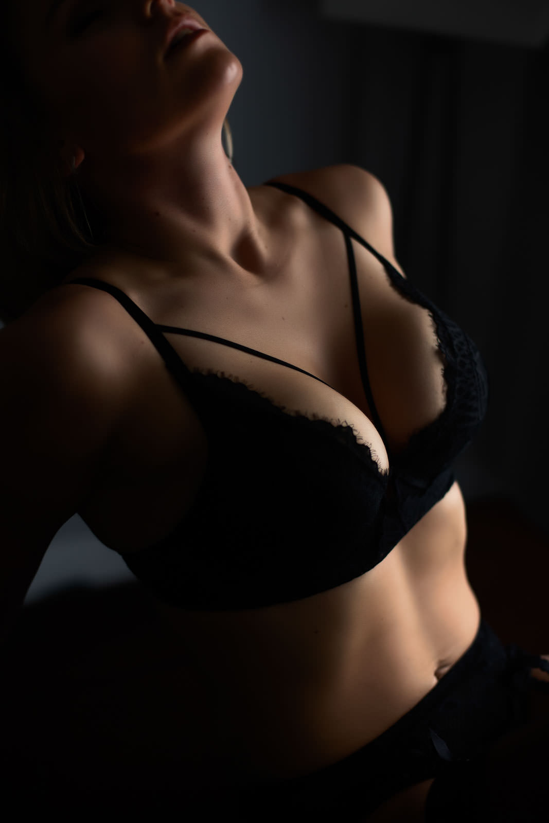 boudoir-photographer-vancouver--11