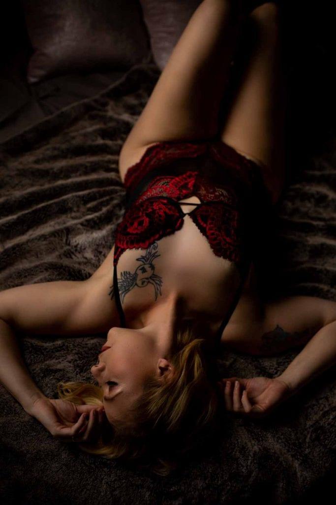 Langley boudoir photographer 34